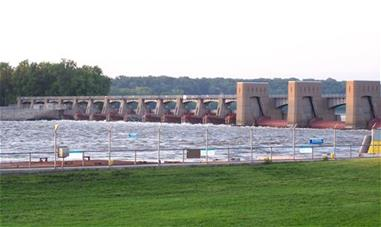 Lock and Dam No. 16_thumb_thumb.jpg